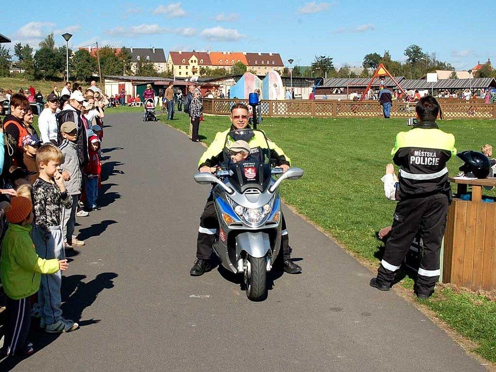 Památkou na jízdu na policejním motocyklu byla pro každého fotka z radaru.