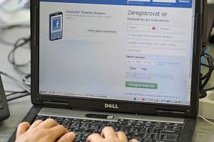Obce i města využívají čím dál častěji ke své prezentaci facebook.