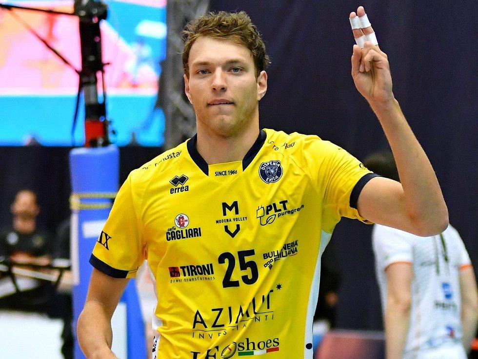 Wessel Keemink se již v Karlových Varech představil, když v rámci prestižní Ligy mistrů tvrdil v KV Areně volejbalovou muziku v trikotu italské Modeny.