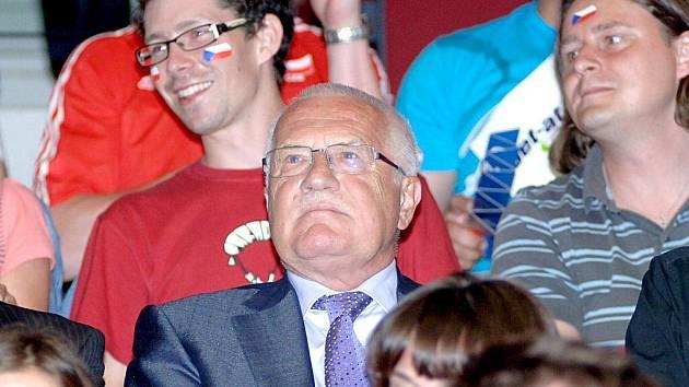Prezident Václav Klaus sledoval volejbalové utkání Česko - Rusko