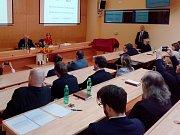 Prezident Miloš Zeman na debatě se zastupiteli Karlovarského kraje