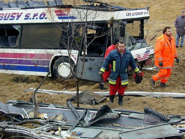 Havárie autobusu u Nažidel
