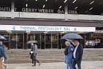 Kancelář architektury města Karlovy Vary podnikla v pondělí i za nepříznivého počasí komentovanou prohlídku městem, která měla několik zastavení. Hlavní téma byl možný zápis lázeňského trojúhelníku na seznam UNESCO.