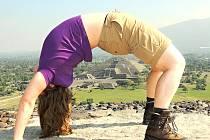 Martina děla most na pyramidě Slunce v Teotihuacanu v Mexiku.