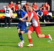 Karlovarská Slavia dosáhla na dva cenné body, když remizovala s týmem Králova Dvora, a poté uspěla v penaltové loterii.