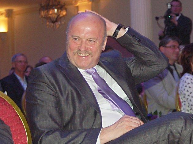 Josef Novotný zůstane hejtmanem i poslancem