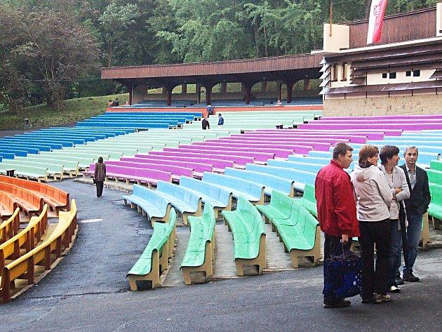 LETNÍ KINO. Areál letního kina je výjimečný, jenomže jak s ním naložit?