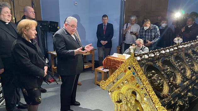 Z relikviáře sv. Maura byly v květnu 2021 vyňaty ostatky.