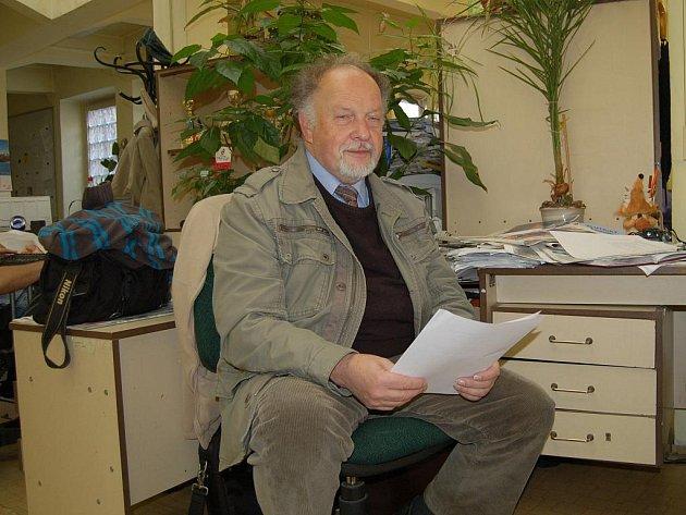Josef Havlíček byl dlouholetým přítelem disidenta a básníka Jindřicha Konečného, jemuž v úterý odhalí v Karlových Varech pamětní desku.