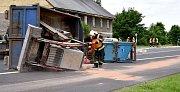 Místo nehody nákladního automobilu u Andělské Hory. Foto HZS