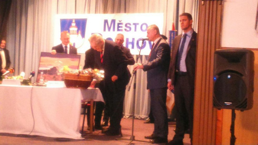 Prezident v kulturním domě v Bochově