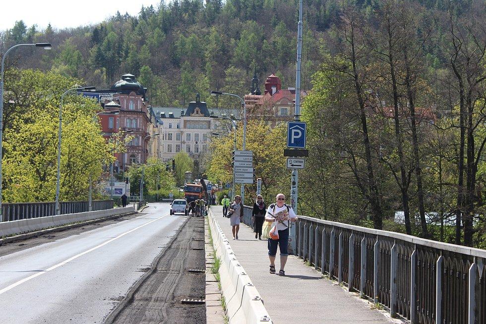 Chebský most je mimo provoz do neděle 23. května, pěším zůstává k dispozici.