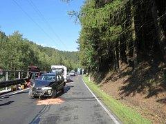 Mikrospánek za volantem ohrozil nejednoho řidiče.