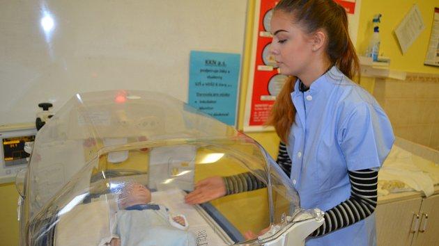 Sestřičkám nově pomůže ve výuce inkubátor