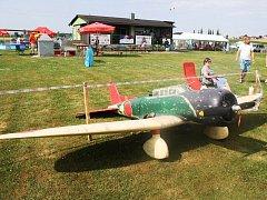 Hodnotí se i přesnost modelů s letadly dle výkresové dokumentace.