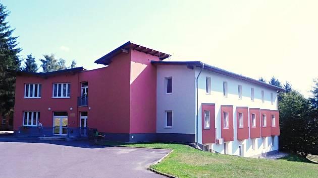 Domov pro osoby se zdravotním postižením Sokolík v Sokolově.