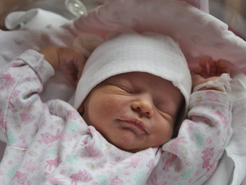 Nela Vrbská z Lokte se narodila 11. 4. 2017