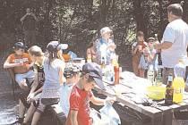 Rozjařené úsměvy měly v Čichalově všechny mladé rybářské naděje, které se zapojily do tamních závodů.