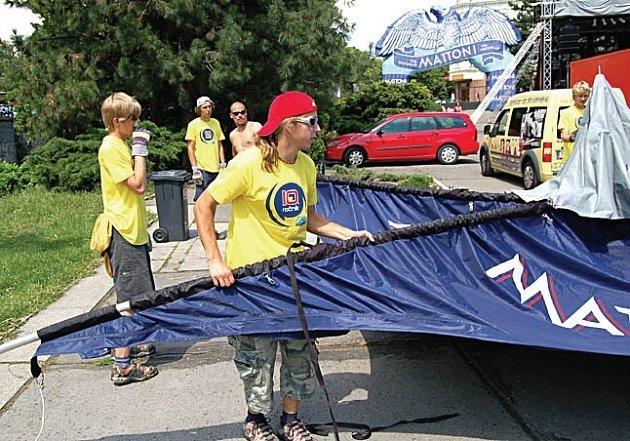Kanoe Mattoni festival včera odstartoval.
