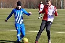 V krajském derby se karlovarská Slavia s Ostrovem příliš nemazlila, když nakonec slavila výhru 8:0.