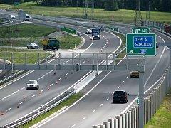Silnice R6 by měla pokračovat na Prahu jako čtyřproudá