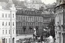 1968: U hlavní pošty, Karlovy Vary