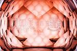 Unikátní kolekci křišťálových váz připravila pro Pražský hrad při příležitosti oslav 100. výročí vzniku Československa karlovarská sklárna Moser. Kolekci tvoří patnáct dekorativních objektů.