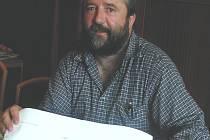 ÚSTUPEK? Starosta Jaroslav Vojta se nevzdává naděje, že Žlutický kancionál skončí v opraveném muzeu. Rekonstruovaný objekt bude součástí celého regenerovaného náměstí (na snímku).