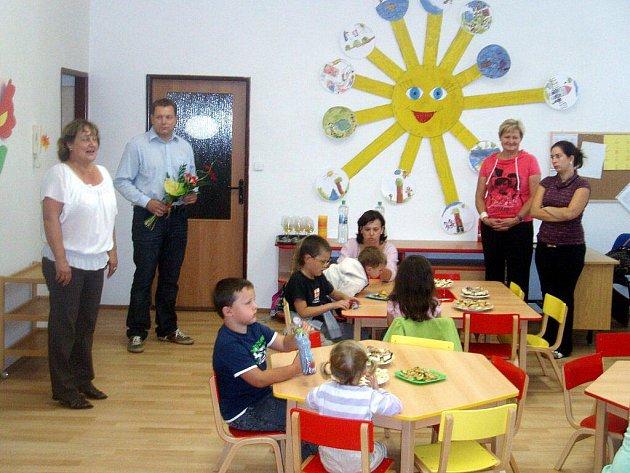 Slavnostní otevření nové třídy v mateřské školce ve Žluticích