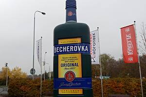 Becherovka ječeskýbylinnýlikér, vyráběný vKarlových VarechspolečnostíJan Becher – Karlovarská Becherovka.