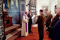 Takzvaná benedikce kaple se konala pod vedením plzeňského sídelního biskupa Tomáše Holuba.