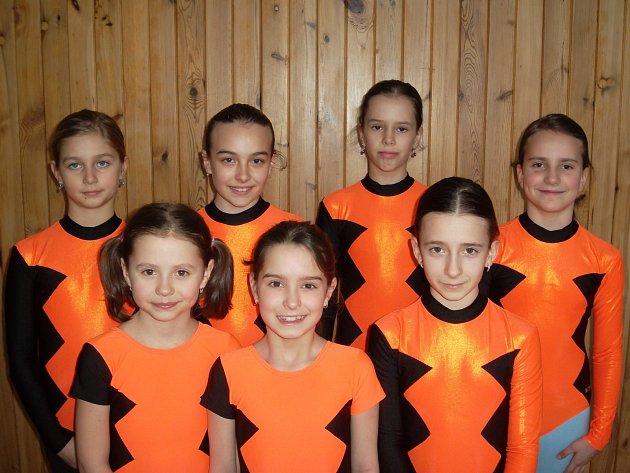 Sportovní gymnastky TJ MDDM Ostrov
