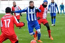 První prohra. V zimní přípravě poprvé karlovarská Slavia prohrála, když nestačila na Jiskru Domažlice, které podlehla 2:5.