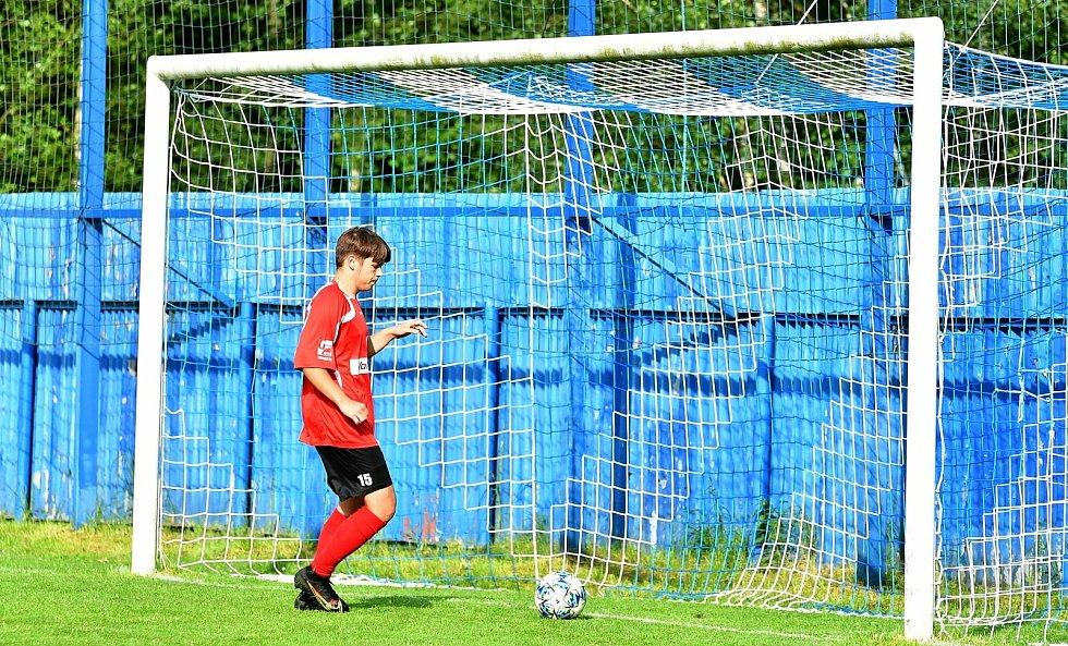 Oficiálně prvním kolem odstartoval o víkendu fotbalový Covid Cup 2021.