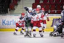 Hokejisté Energie prohráli v KV Areně v přípravném utkání s Mountfieldem Hradec Králové 2:4.