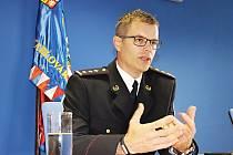 Novým krajským policejním ředitelem je od září Petr Macháček. Chce navázat na dobré výsledky svého předchůdce. Ten podle Macháčka nastavil laťku vysoko.