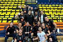 Karlovarsko uspělo na palubovce Ústí nad Labem, kde vyhrálo 3:0 na sety, a posléze se posunulo v neúplné tabulce základní části UNIQA extraligy na průběžnou třetí příčku.
