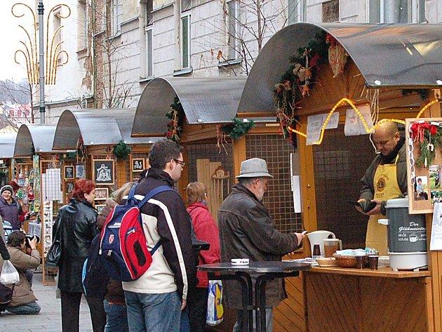 Kolik budou platit? Organizátoři vánočních trhů zatím nevědí, kolik budou požadovat za pronájem stánků.