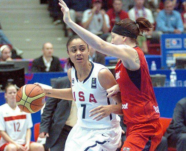 Finále mistrovství světa v basketbalu žen: Česká republika - USA
