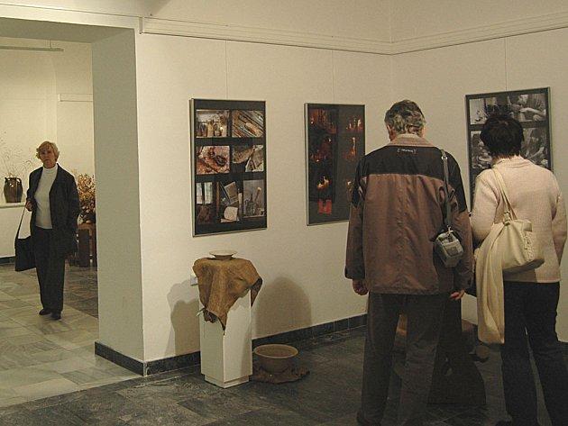 Výstava 'Pravěk očima a rukama' v muzeu Zlatý klíč patřila včera mezi nejnavštěvovanější.