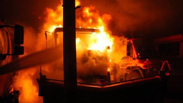 Požár sypače v Otovicích.