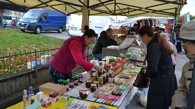 Farmářské trhy v Karlových Varech.