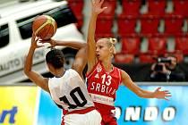 Basketbalistky Kanady si pohrály se srbským výběrem
