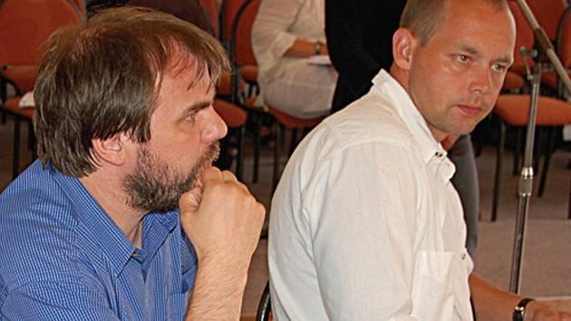 Zastupitelé Pavel Žemlička a Petr Kulhánek.