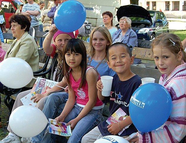 Den s Deníkem nadchl i děti.