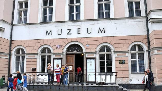 Karlovarské muzeum