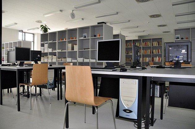 Otevření centra technického vzdělávání v Ostrově
