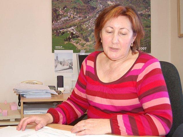Starostka Olga Haláková (na snímku) přiznává, že zajistit sociální služby nebylo právě snadné.