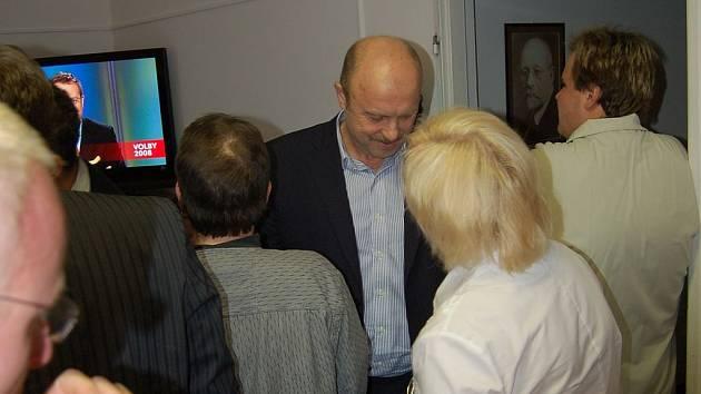 Momentka z volebního štábu ČSSD.