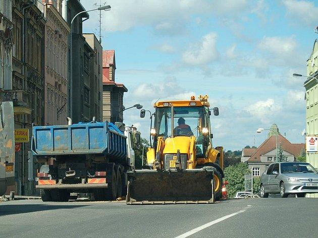 Ulici čeká rekonstrukce. Sokolovskou ulici čekají začátkem srpna opravy.